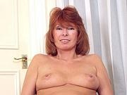 Many olderwomen redhead rose young